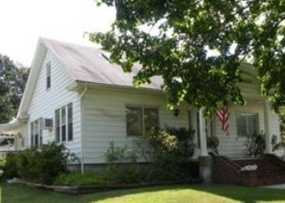 Pre Foreclosure in Center Valley 18034 MAIN ST - Property ID: 1755996458