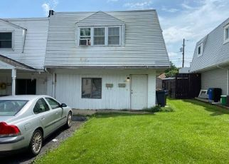 Pre Foreclosure in Allentown 18109 N GILMORE ST - Property ID: 1756002142