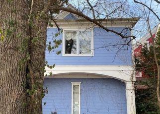 Pre Foreclosure in Cincinnati 45226 COLUMBIA PKWY - Property ID: 1756555311