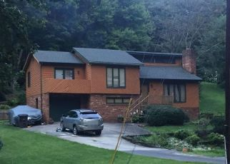 Pre Foreclosure in Kernersville 27284 VALLEYMEADE DR - Property ID: 1756825997