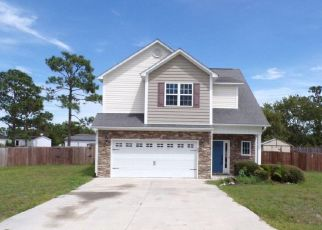 Pre Foreclosure in Hubert 28539 INVERNESS DR - Property ID: 1756833426