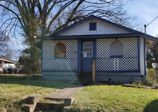 Pre Foreclosure in Knoxville 37920 AVENUE B - Property ID: 1757165859
