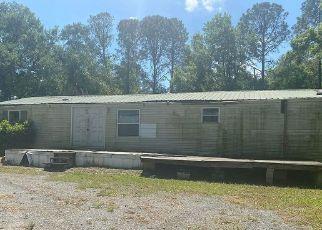 Pre Foreclosure in Dover 33527 THONOTOSASSA RD - Property ID: 1757215338
