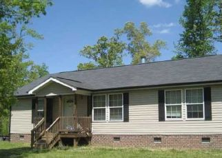 Pre Foreclosure in Siler City 27344 PAINTED TRAIL LN - Property ID: 1757574931