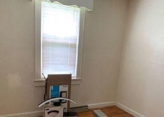 Pre Foreclosure in Abingdon 24210 WALDEN RD - Property ID: 1757626153