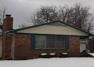 Pre Foreclosure in Saginaw 48601 W AUBURN DR - Property ID: 1757628349