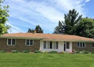 Pre Foreclosure in Lansing 48917 CHANTICLEER TRL - Property ID: 1757637998