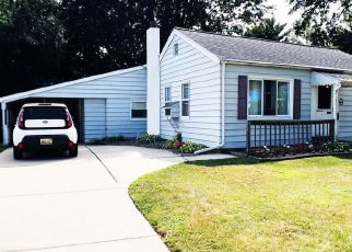 Pre Foreclosure in Lansing 48910 WOODBINE AVE - Property ID: 1757651563