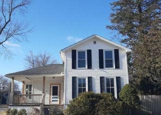 Pre Foreclosure in Saginaw 48602 VAN BUREN ST - Property ID: 1757659894