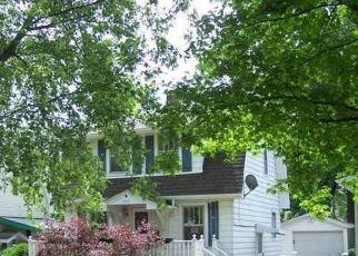 Pre Foreclosure in Decatur 62521 E LINCOLN AVE - Property ID: 1757973922
