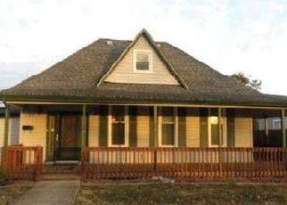 Pre Foreclosure in Linton 47441 9TH ST NE - Property ID: 1758198595