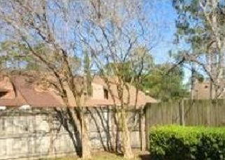 Pre Foreclosure in Jacksonville 32225 ROMAINE CIR W - Property ID: 1758292763