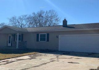 Pre Foreclosure in Roanoke 61561 OLGA ST - Property ID: 1758501223