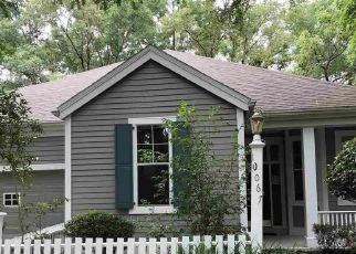 Pre Foreclosure in Gainesville 32608 SW 52ND RD - Property ID: 1758811315
