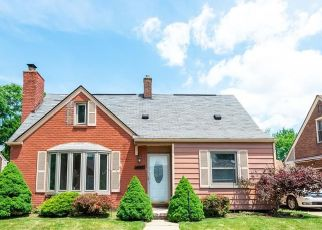 Pre Foreclosure in Allen Park 48101 ANGELIQUE AVE - Property ID: 1759379821