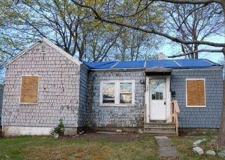 Pre Foreclosure in Portland 04102 SAINT JOHN ST - Property ID: 1759427549