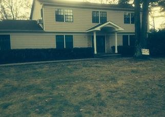 Pre Foreclosure in Huntington Station 11746 MILLBROOK CT - Property ID: 1759986850