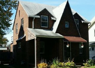 Pre Foreclosure in Toledo 43612 WILLYS PKWY - Property ID: 1760054732