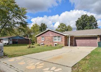 Pre Foreclosure in Muncie 47304 W WEDGEWOOD LN - Property ID: 1760404220