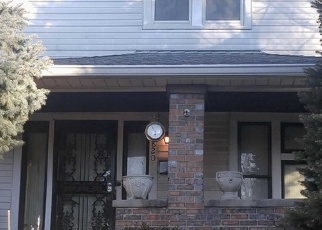 Pre Foreclosure in Indianapolis 46203 PARKWAY AVE - Property ID: 1760416941