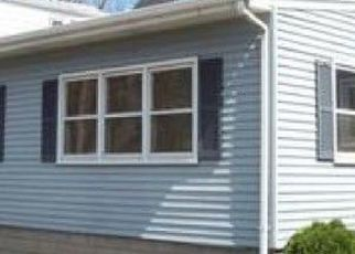 Pre Foreclosure in Lansing 60438 STATE LINE AVE - Property ID: 1760535625