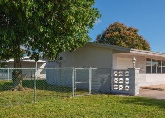 Pre Foreclosure in Hollywood 33023 ISLAND DR - Property ID: 1760572858
