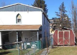 Pre Foreclosure in Pottstown 19464 BEECH ST - Property ID: 1760857533