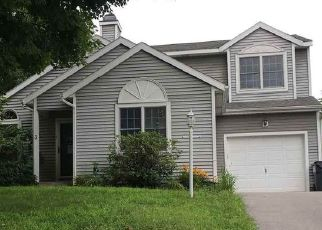 Pre Foreclosure in Clifton Park 12065 CRIMSON CT - Property ID: 1761028792