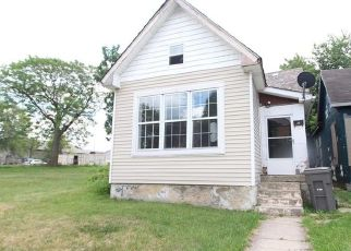 Pre Foreclosure in Indianapolis 46202 E MARKET ST - Property ID: 1761100164