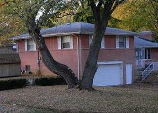 Pre Foreclosure in Anderson 46012 RAINBOW BLVD - Property ID: 1761361643