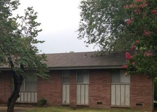 Pre Foreclosure in Tulsa 74145 E 34TH ST - Property ID: 1761373463