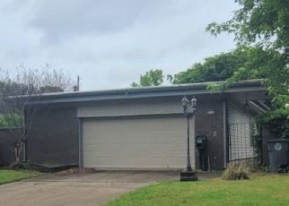 Pre Foreclosure in Tulsa 74129 E 28TH ST - Property ID: 1761376984