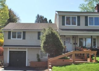 Pre Foreclosure in Belvidere 07823 FRANKLIN ST - Property ID: 1761483841