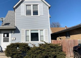 Pre Foreclosure in Calumet City 60409 SIBLEY BLVD - Property ID: 1762216117