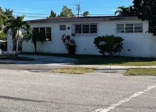 Pre Foreclosure in Miami 33155 SW 84TH CT - Property ID: 1762259486