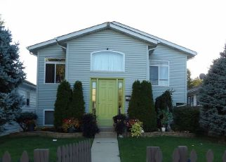 Pre Foreclosure in Waukegan 60085 GRAND AVE - Property ID: 1762294527