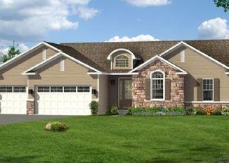 Pre Foreclosure in Le Claire 52753 BLACKSTONE WAY - Property ID: 1762619955