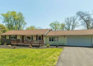 Pre Foreclosure in Hackettstown 07840 HILLSIDE TER E - Property ID: 1763207259