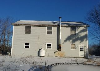 Pre Foreclosure in Richmond 04357 PARKS RD - Property ID: 1763394722