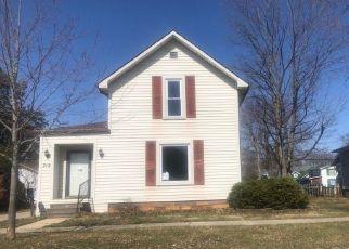 Pre Foreclosure in Auburn 46706 E 9TH ST - Property ID: 1763623333