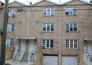 Pre Foreclosure in Bronx 10466 E 234TH ST - Property ID: 1764023652