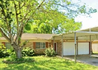 Pre Foreclosure in Beaumont 77707 SHEPHERD DR - Property ID: 1764223808