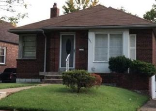 Pre Foreclosure in Saint Louis 63130 PLYMOUTH AVE - Property ID: 1764347303