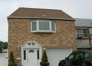 Pre Foreclosure in Staten Island 10303 LAKE AVE - Property ID: 1764387155