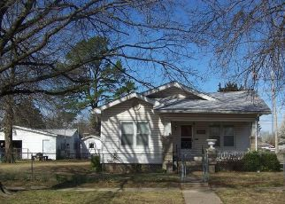 Pre Foreclosure in Okmulgee 74447 N SHERMAN AVE - Property ID: 1764564547