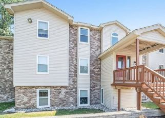 Pre Foreclosure in Waterford 48329 HARBOR POINT DR - Property ID: 1764676671