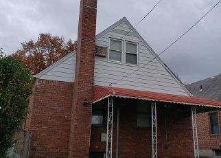 Pre Foreclosure in Oakland Gardens 11364 203RD ST - Property ID: 1764964417