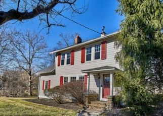 Pre Foreclosure in Caldwell 07006 ORTON RD - Property ID: 1764991122