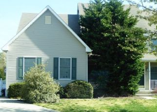 Pre Foreclosure in Bayville 08721 LARCHWOOD CT - Property ID: 1765003391