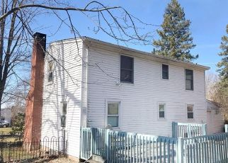 Pre Foreclosure in Ellington 06029 CHARTER RD - Property ID: 1765309539